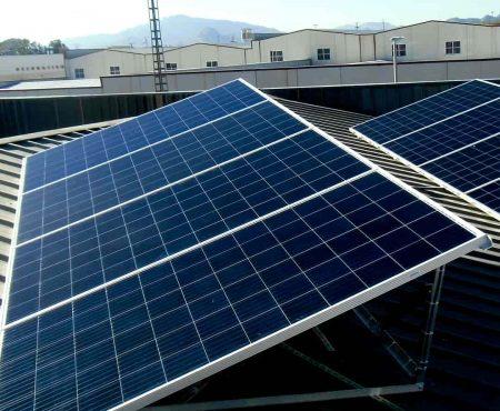 instalacion fotovoltaica para autoconsumo chimeneas lopez en lorqui